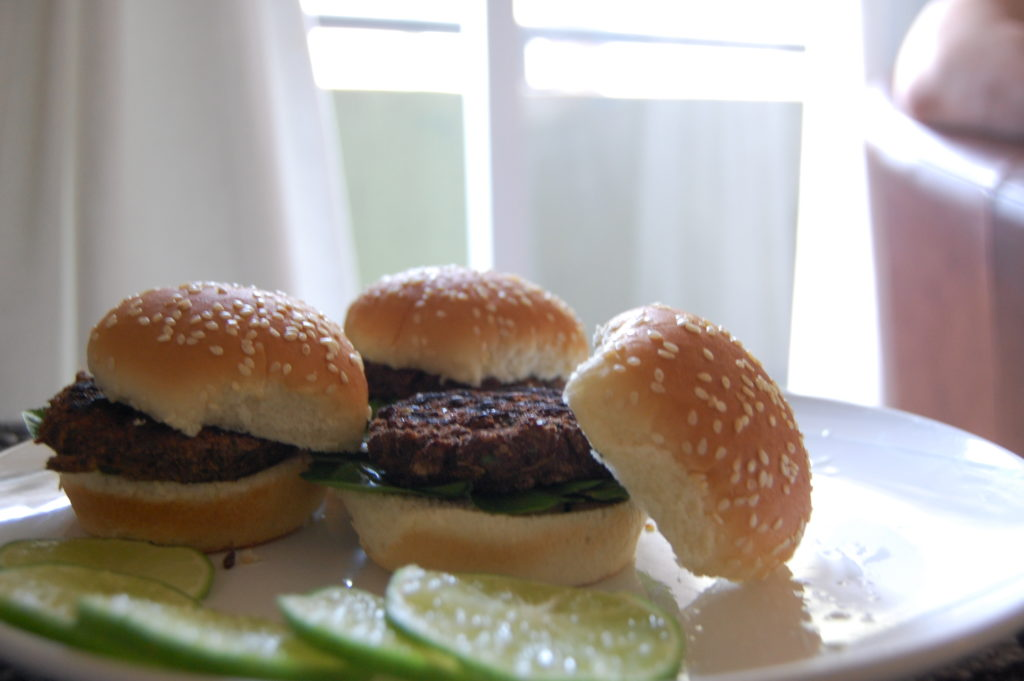 DSC 2013 1024x681 - Spicy Jalapeno Lime Bean Burger Recipe